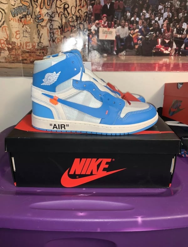 Air jordan 1 UNC off white size 10 0