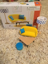 Doll house furniture (Petit Home by Djeco)
