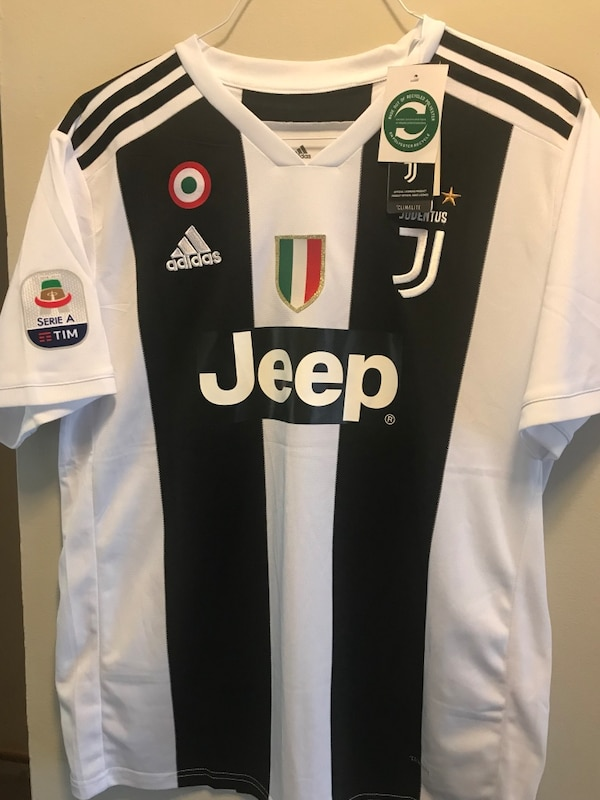 a94249be4 Adidas Ronaldo Jersey Juventus 18 19 Home CR7 size L and XL. Condition is  New with Tags usagé à vendre à Somerset - letgo
