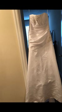 Wedding dress Nashville, 37214