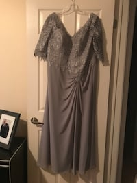 Women's gray and black long-sleeved dress Barrie, L4N 9P8