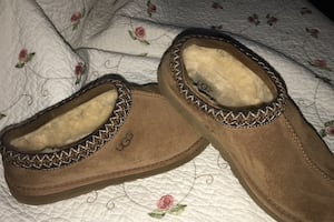 Ugg slippers men's