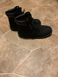 All black 6.5 y timbs