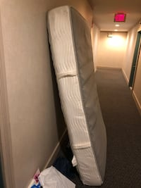 Full Size Bed Arlington, 22201