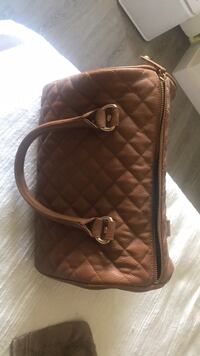 Brown leather purse Edmonton, T5R 4K3
