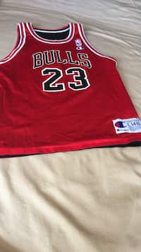 Used black and red Chicago Bulls 23 basketball jersey shirt for sale ... 587182f6f