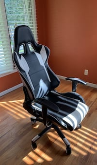 Gaming chair  Des Moines, 50310