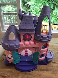 purple and pink plastic castle toy Sharon, 02067
