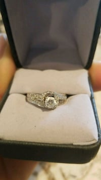 White gold diamond ring with box Fort Smith, 72903