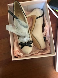 Size 9 pink and black. Never worn Frederick, 21703