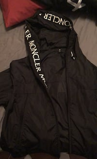 Moncler Men's Medium Massereau Jacket Vaughan, L4H 3N8