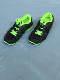 Nike Dual Fusion Running Sneakers Shoes 4y 4.5y 5y Black Lime Green Excellent Marlton, 08053