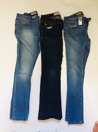 abercrombie and old navy jeans size 12 and 14 London, N6H 0G2