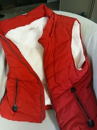 red and white zip-up hoodie Centennial, 80111