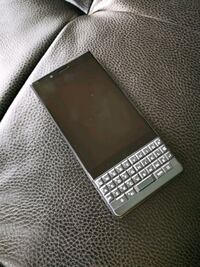 Blackberry berry Key 2 le Edmonton, T5V 1E1