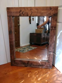 """Like new wooden frame mirror in great condition, L40.5""""*H30.5"""" Annandale, 22003"""