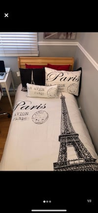 PARIS THEMED BED SPREAD