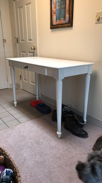 white and gray wooden table Richmond, 23223
