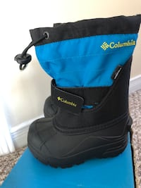 Brand new Columbia toddler boots size 7 Markham