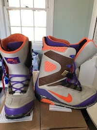 Very Rare Nike Air snowboard boots like new