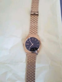 GOLD NIXON WATCH new Mississauga, L5A 2H5