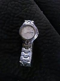round silver analog watch with silver link bracelet North Bend, 97459