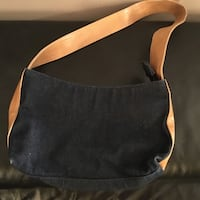 Denim purse with beige strap