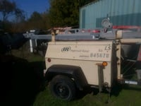 white and black utility trailer 1196 mi