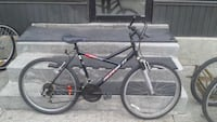 black and red hardtail mountain bike Montréal, H1Y 2X2
