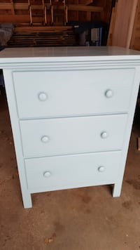 3 drawer dresser Sanford