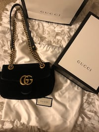 Authentic Black Velvet Gucci Crossover Bag Waldorf, 20601