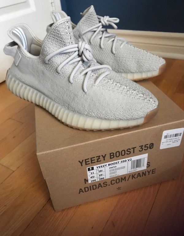 580bfd7c8 Used Yeezy Sesames size 11 DS for sale in Toronto - letgo