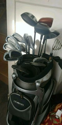 Beginner Golf clubs and bag
