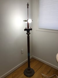 LAMPS: TABLE AND FLOOR L AMP Reston