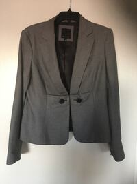 The limited black and white blazer size 12 Virginia Beach, 23454