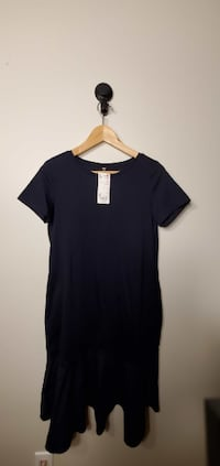 UNIQLO Women`s dress Size S  New Westminster