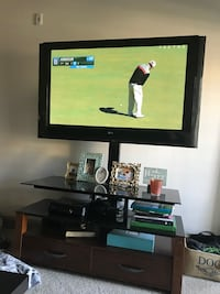 55' LG Plasma with beautiful stand Collegedale, 37363