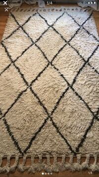 5x8 RUG Moroccan hand knotted shag Mc Lean, 22102