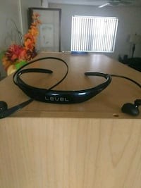 black and blue bluetooth neckband Mount Rainier, 20712
