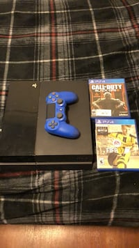 Black sony ps4 console with controller and game cases 250 obo Fort Hood, 76544
