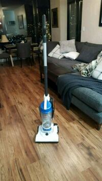 BISSELL Compact Vacuum cleaner New Westminster, V3L 0B1