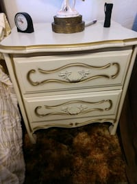 Bedside night stand Albuquerque, 87120