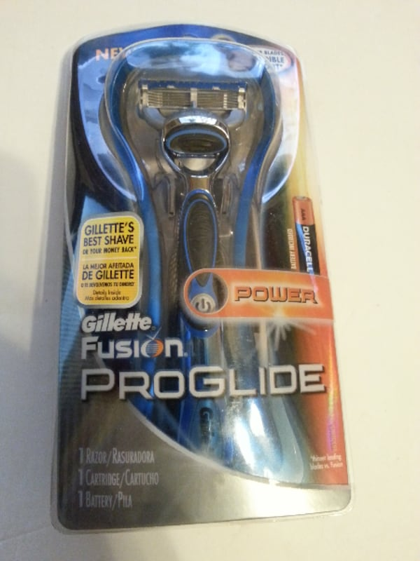 Gillette Fusion Proglide Power Razor Blade cartridge battery NEW 3