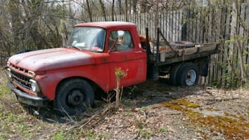 Ford - STAKE BODY TRUCK - 1965