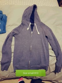 gray and purple zip-up hoodie Tillsonburg, N4G 0B8