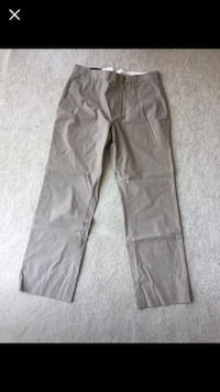 Men's 32/30 banana republic khakis 31 km