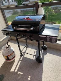 Barbecue grill, 3 piece tool set, cover and propane tank Toronto, M8V 2V9