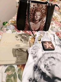 Marilyn monroe collection  Calgary, T2E 1L6