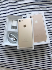 Unlocked iPhone 7 128gb  Mississauga, L5R 3T7