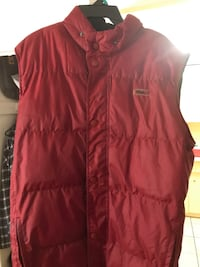 Size large winter vest Toronto, M6M 2M3